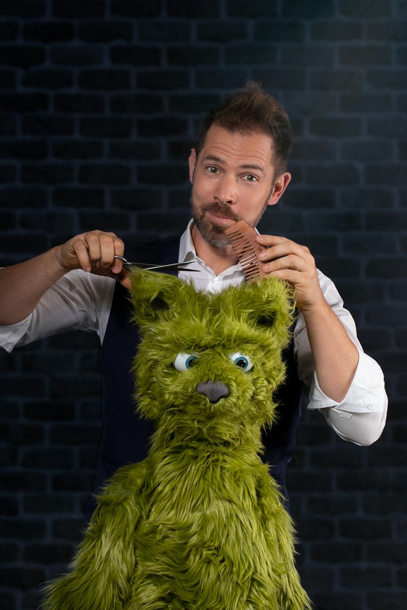 ventriloquie présentée par Edouard le magicien sur Marseille et la région PACA